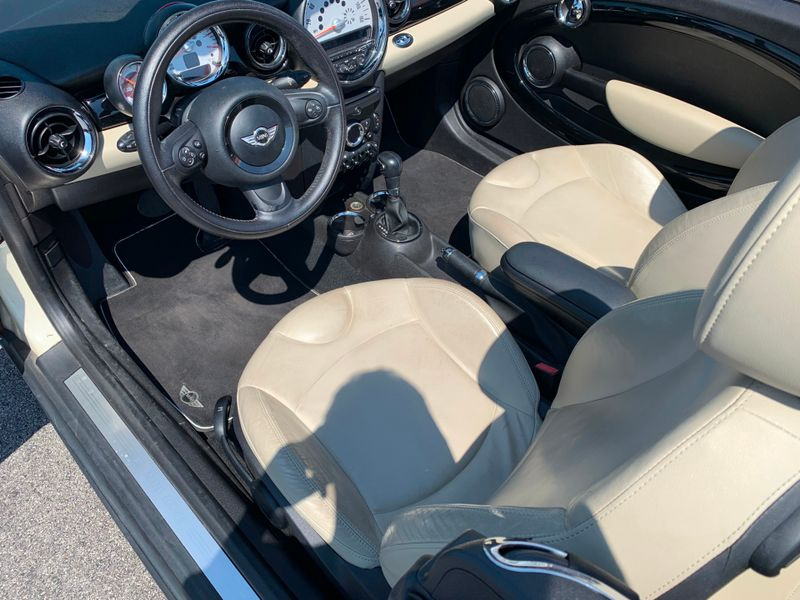 2012 Mini Convertible   St Charles Missouri  Schroeder Motors  in St. Charles, Missouri