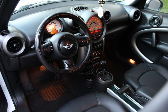 2012 Mini COUNTRY MAN AUTOMATIC LEATHER SERVICE RECORDS XLNT CONDITION in Van Nuys, CA 91406