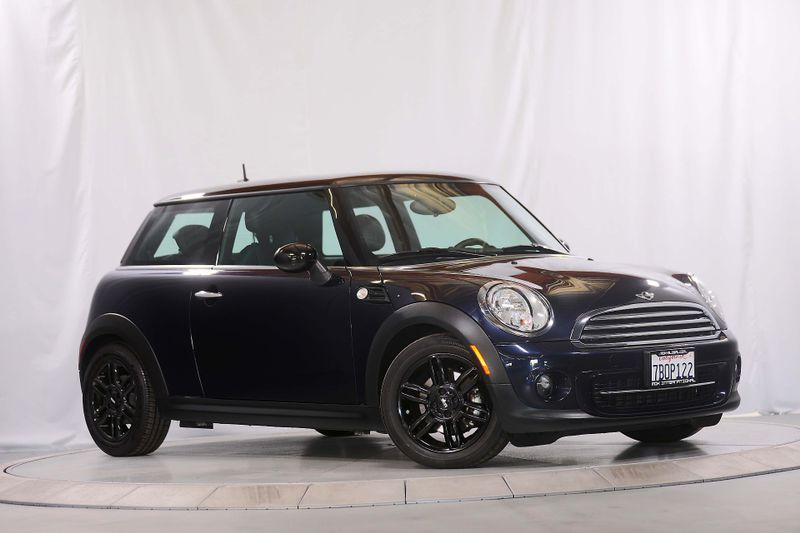 2012 Mini Hardtop - Leather - Only 41K miles  city California  MDK International  in Los Angeles, California