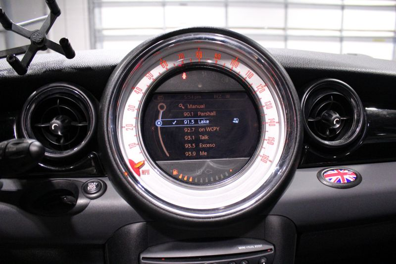 2012 Mini Hardtop S  Lake Forest IL  Executive Motor Carz  in Lake Forest, IL