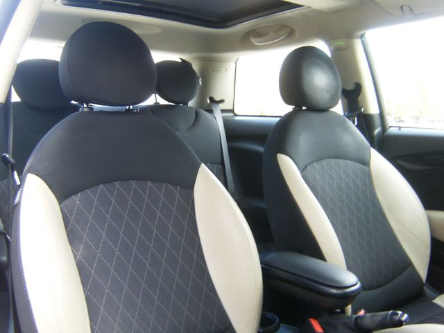 2012 Mini Hardtop in West Chester, PA 19382