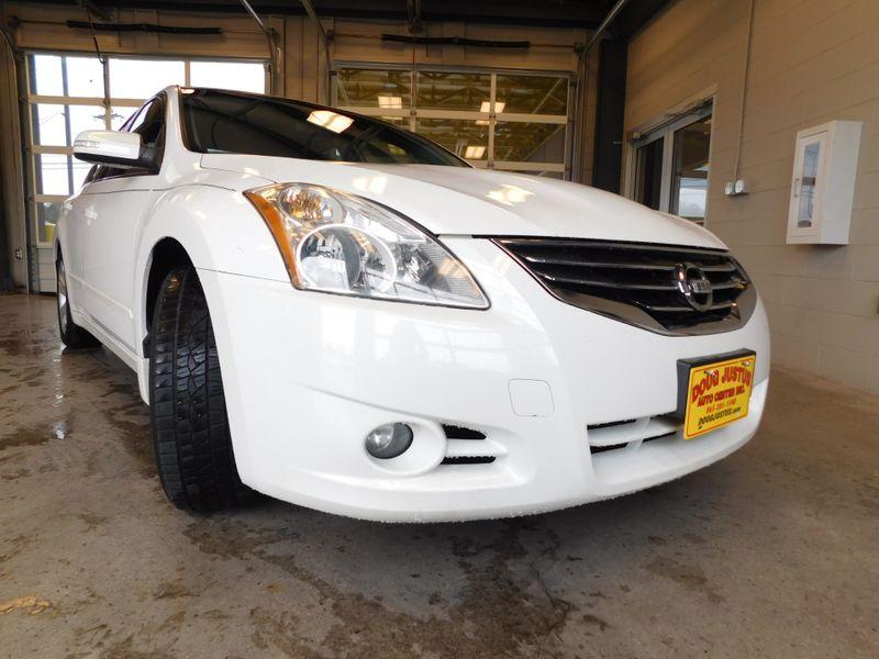 2012 Nissan Altima 35 SR  city TN  Doug Justus Auto Center Inc  in Airport Motor Mile ( Metro Knoxville ), TN