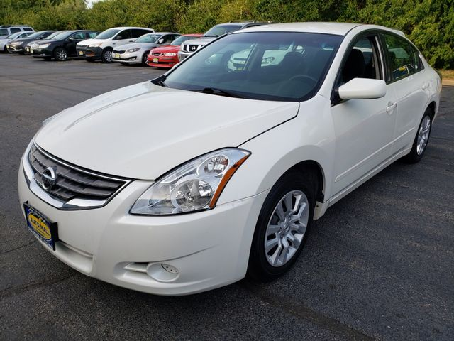 2012 Nissan Altima 2.5 S | Champaign, Illinois | The Auto Mall of Champaign in Champaign Illinois