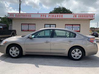 2012 Nissan Altima 2.5 S in Devine, Texas 78016