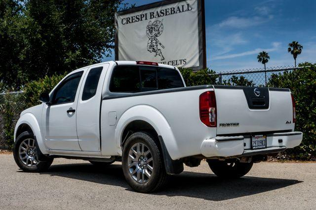 2012 Nissan Frontier SV in Reseda, CA, CA 91335