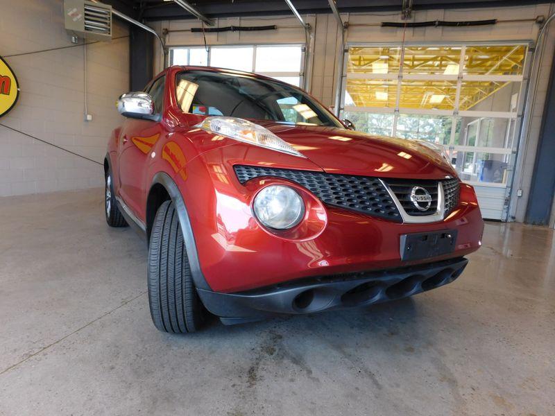 2012 Nissan JUKE SV  city TN  Doug Justus Auto Center Inc  in Airport Motor Mile ( Metro Knoxville ), TN