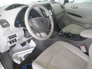 2012 Nissan LEAF SV Gardena, California 4