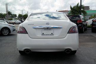 2012 Nissan Maxima 3.5 S w/Limited Edition Pkg Hialeah, Florida 4