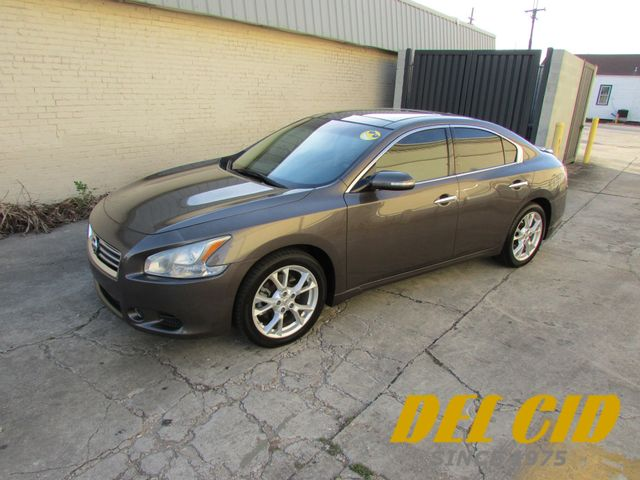 2012 Nissan Maxima 3.5 SV PREMIUM, FULLY LOADED! CARFAX CERTIFIED!