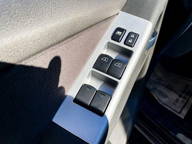 2012 Nissan Pathfinder SV Madison, NC 30