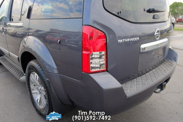 2012 Nissan Pathfinder Silver Edition LEATHER SUNROOF 3RD ROW SEAT REAR D in Memphis, Tennessee 38115