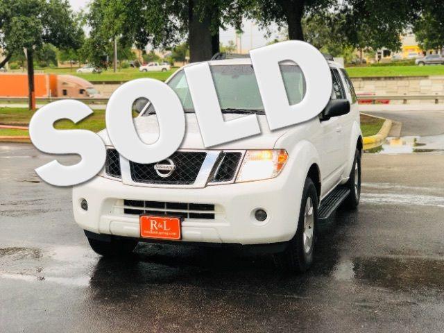 2012 Nissan Pathfinder S in San Antonio, TX 78233