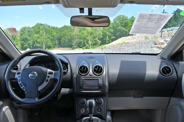 2012 Nissan Rogue SV AWD Naugatuck, Connecticut 18