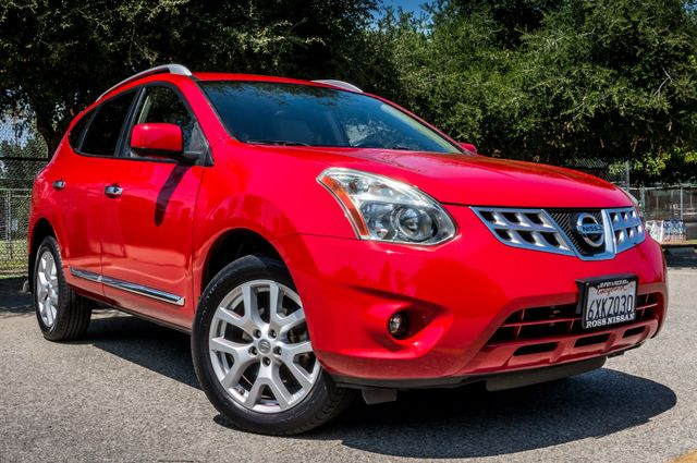 2012 Nissan Rogue SV w/ SL Package