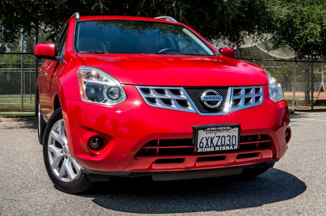 2012 Nissan Rogue SL in Reseda, CA, CA 91335
