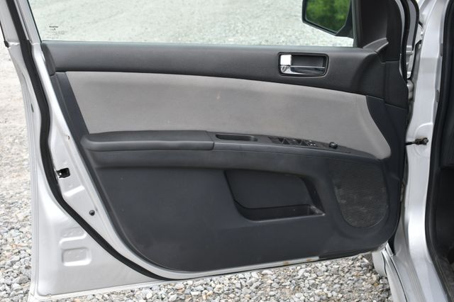 2012 Nissan Sentra 2.0 SR Naugatuck, Connecticut 17