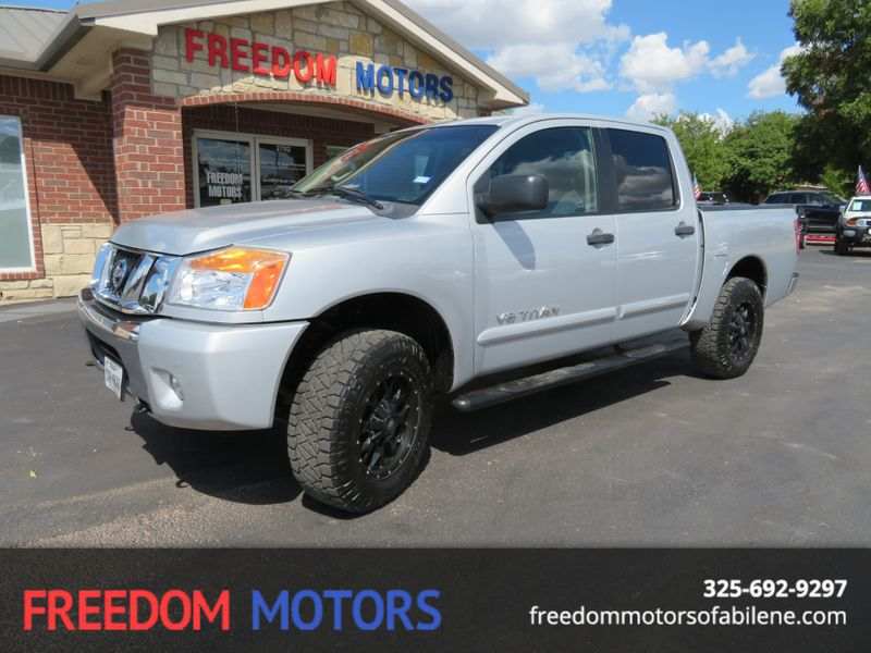 2012 Nissan Titan SV 4x4 | Abilene, Texas | Freedom Motors  in Abilene Texas