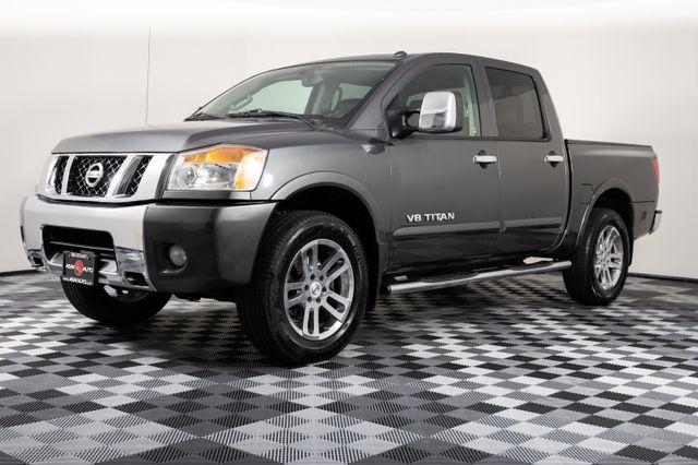 2012 Nissan Titan SL Crew Cab 4WD