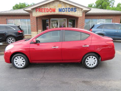 2012 Nissan Versa SV | Abilene, Texas | Freedom Motors  in Abilene, Texas