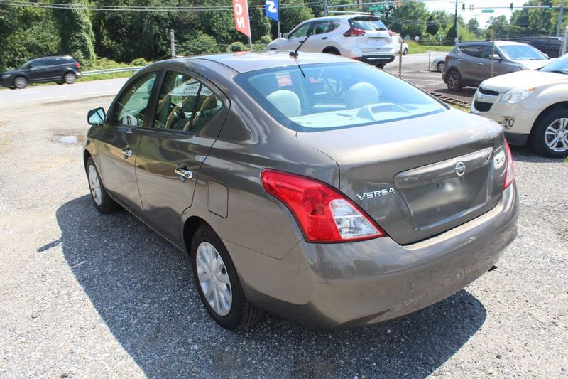 2012 Nissan Versa SV  city MD  South County Public Auto Auction  in Harwood, MD
