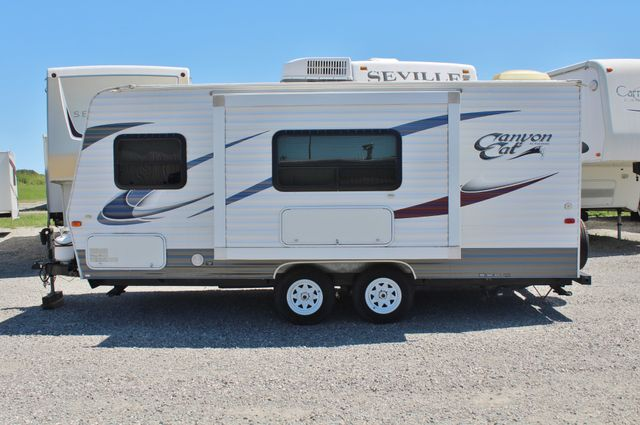 2012 Palomino Canyon Cat 19FQ