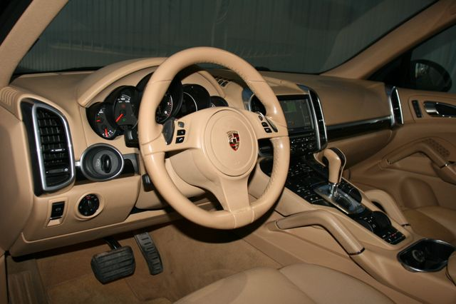 2012 Porsche Cayenne Houston, Texas 14