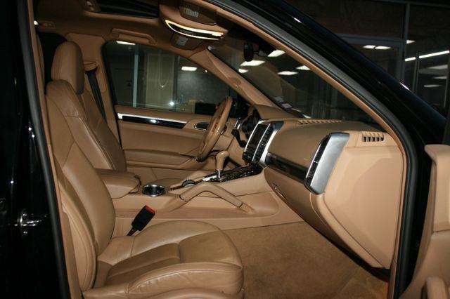 2012 Porsche Cayenne Houston, Texas 16