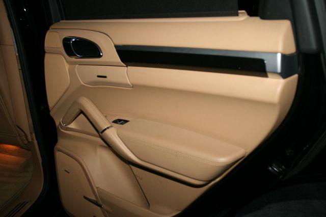 2012 Porsche Cayenne Houston, Texas 19