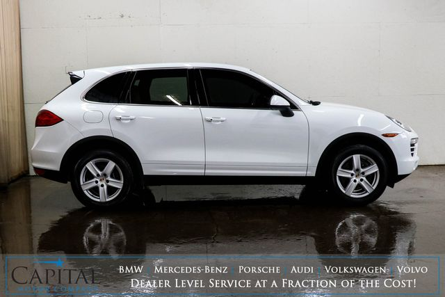 2012 Porsche Cayenne Luxury AWD SUV w/Nav, Backup Cam, Heated Seats and Power Moonroof in Eau Claire, Wisconsin 54703
