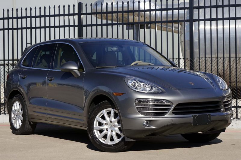 2012 Porsche Cayenne * Nav* DVD* Sunroof* EZ Finance** | Plano, TX | Carrick's Autos in Plano TX
