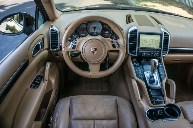 2012 Porsche Cayenne S Hybrid in Reseda, CA, CA 91335