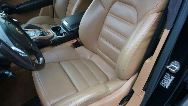 2012 Porsche Cayenne Turbo Valley Park, Missouri 18