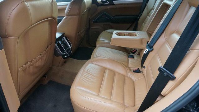 2012 Porsche Cayenne Turbo Valley Park, Missouri 24