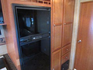 2012 R-Vision 28RBS  31 Ft./Slide One Owner Bend, Oregon 10