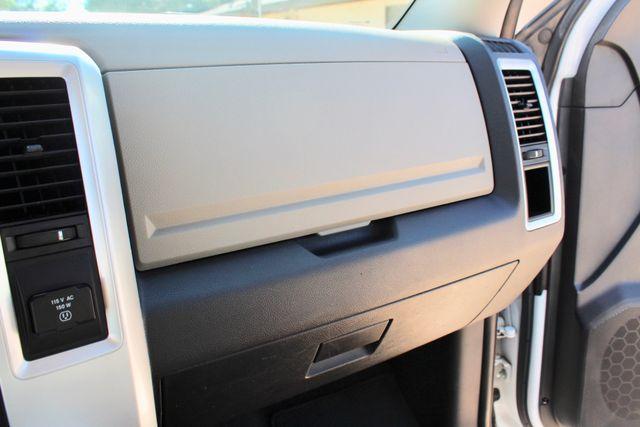 2012 Ram 3500 DRW Big Horn Crew Cab 2wd 6.7L Cummins Diesel Auto Sealy, Texas 52