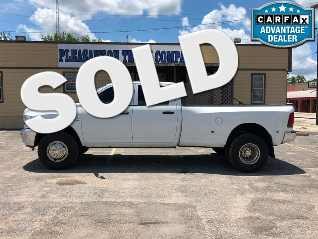 2012 Ram 3500 ST   Pleasanton, TX   Pleasanton Truck Company in Pleasanton TX