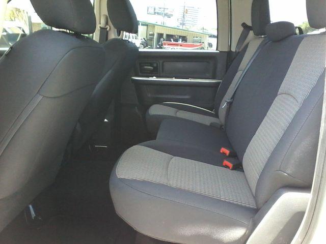 2012 Ram 3500 ST 6.7 Diesel Boerne, Texas 14