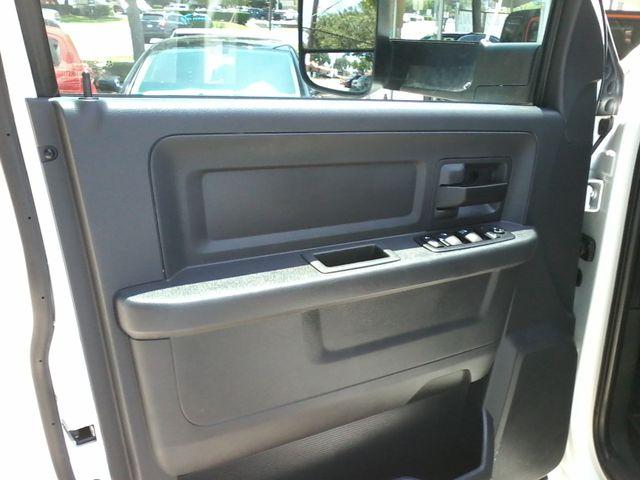 2012 Ram 3500 ST 6.7 Diesel Boerne, Texas 18