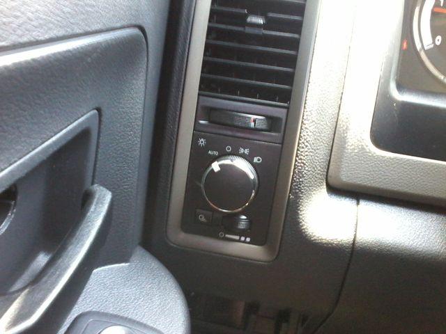 2012 Ram 3500 ST 6.7 Diesel Boerne, Texas 26