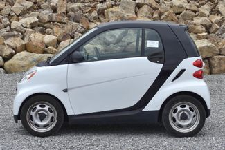 2012 Smart fortwo Pure Naugatuck, Connecticut 1