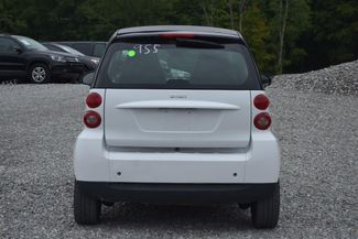 2012 Smart fortwo Pure Naugatuck, Connecticut 3