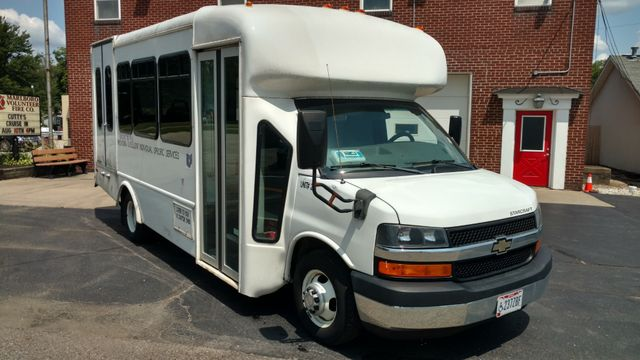 2012 Starcraft 14 Passenger Bus Wheelchair Accessible Alliance, Ohio 1