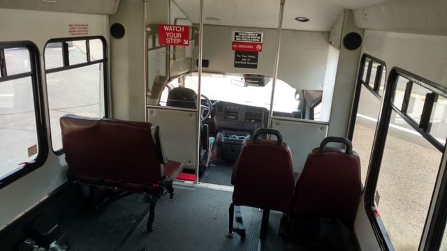 2012 Starcraft 14 Passenger Bus Wheelchair Accessible Alliance, Ohio 5