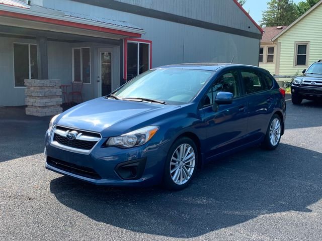 2012 Subaru Impreza 2.0i Premium in Coal Valley, IL 61240