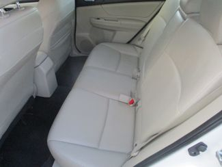 2012 Subaru Impreza 2.0i Sport Limited Farmington, MN 4