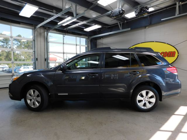 2012 Subaru Outback 2.5i Limited in Airport Motor Mile ( Metro Knoxville ), TN 37777