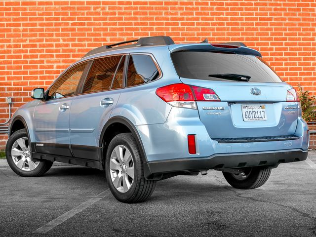 2012 Subaru Outback 2.5i Limited Burbank, CA 7