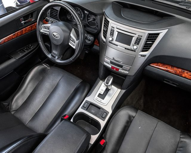 2012 Subaru Outback 2.5i Limited Burbank, CA 13