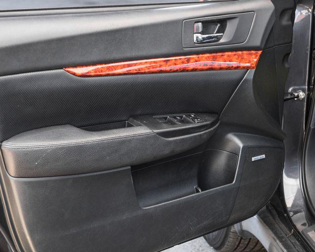 2012 Subaru Outback 2.5i Limited Burbank, CA 23