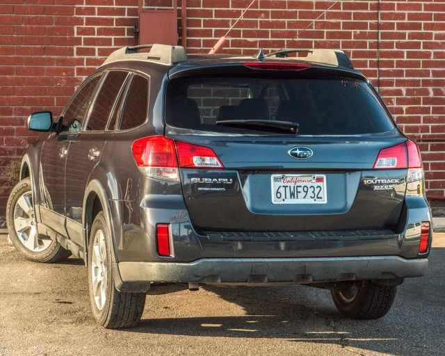 2012 Subaru Outback 2.5i Limited Burbank, CA 4